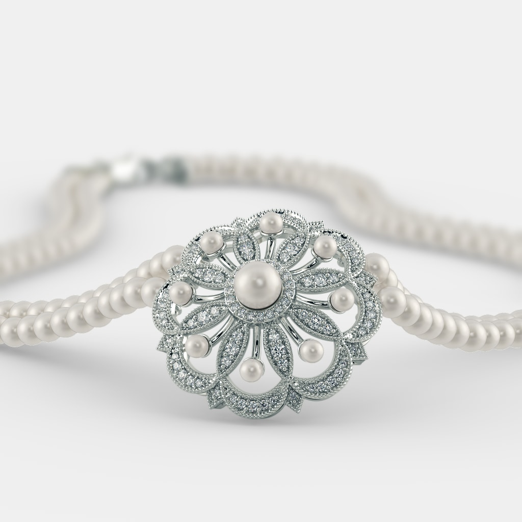 The Anshi Necklace
